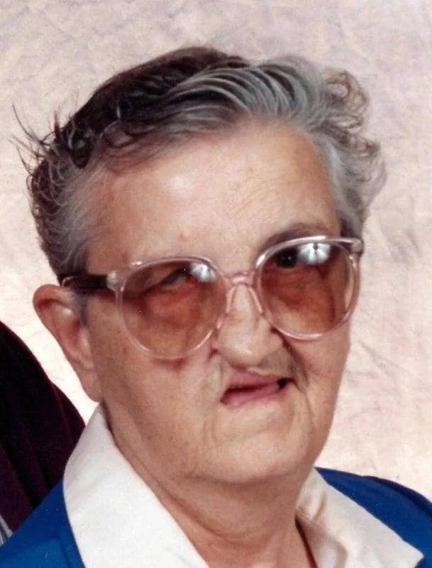 Donna A. Gearig (1931 - 2017)