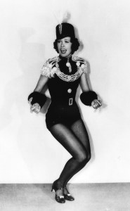 Eleanor Powell in a great, casual, everyday look in BORN TO DANCE