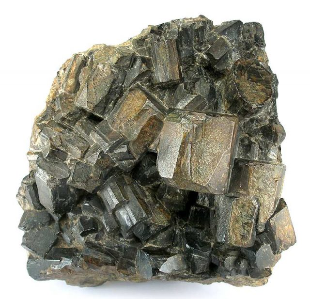 کارڈیریائٹ کرسٹل ، وائکنگ سورج پتھروں میں استعمال ہونے والے کرسٹل کا ایک ممکنہ دعویدار