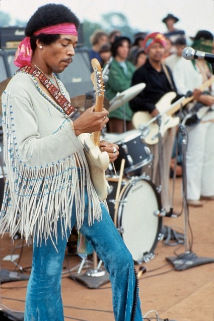 Hendrix_woodstock-small