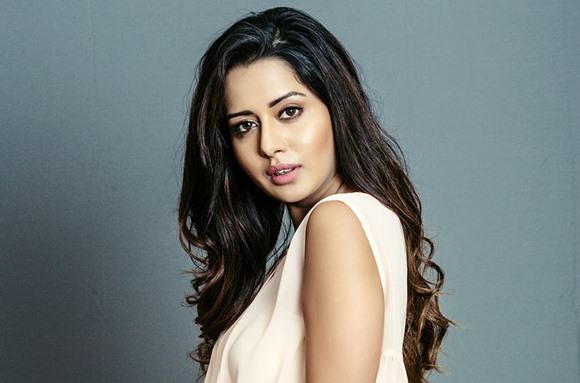 Raiza Wilson Wiki bigg boss tamil contestant