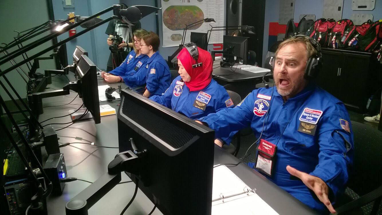 latihan-astronaut-20