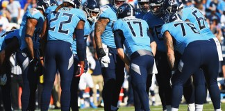 Tennessee Titans in Huddle (image courtesy of twitter.com)