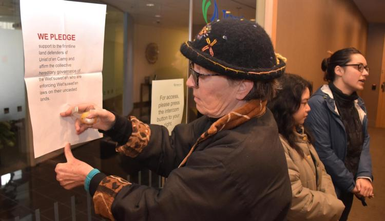 181208 UNISTOTEN – Pledging to stand with Unistoten_Pic Murray Bush Flux Photo