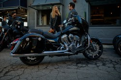 Chieftain_Limited_Lifestyle_01