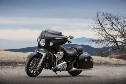 Indian_Motorcycle_Press_California_Chieftain_Limited-01