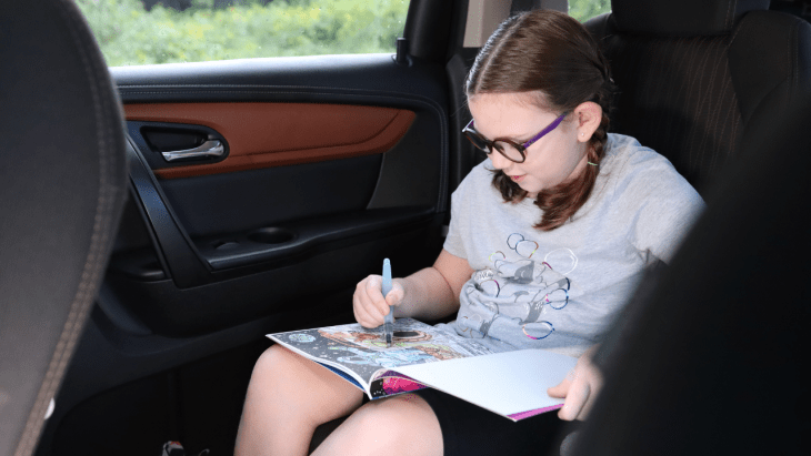 Do you spend a lot of time on the go? Feel like you are always in the car? Carschooling is a great thing to implement to facilitate learning on go! #carschool #carschooling #homeschoolonthego #roadtripactitivies