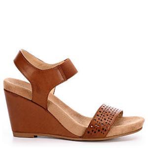 Chinese Cl laundry Women's Tatum Wedge Sandal