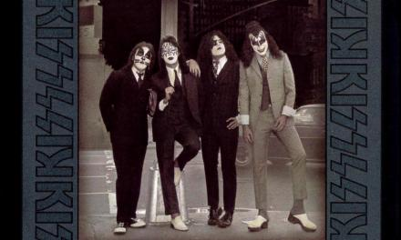 Dressed to Kill – Kiss