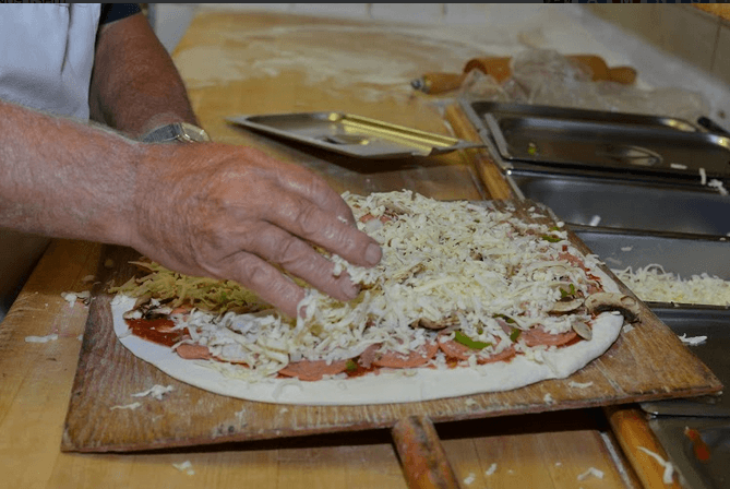 Thunder Bay Pizza Joints: A Full Review