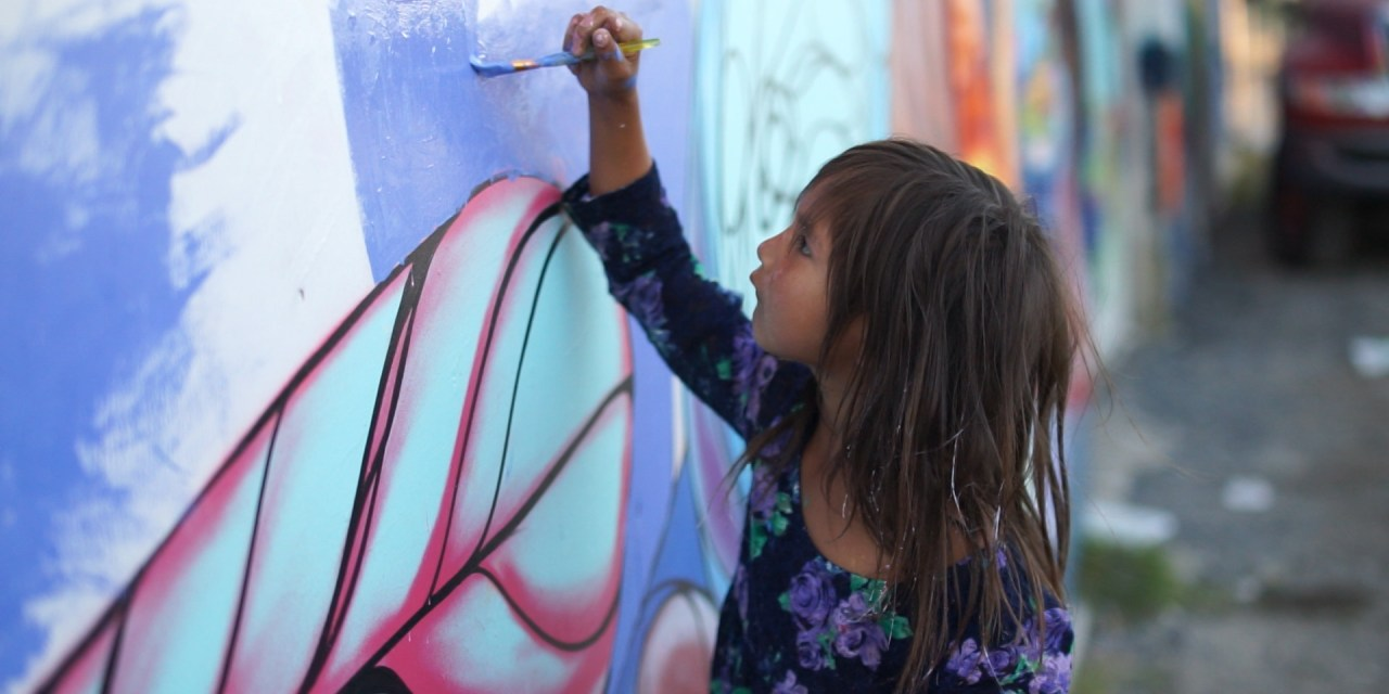 Changing Perceptions — Thunder Bay Filmmaker Chronicles Northern Community Mural Project