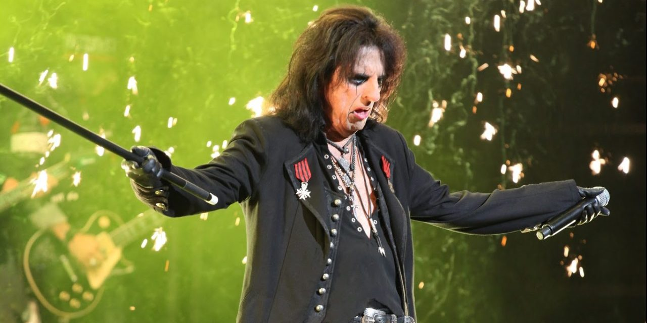 Carnival Grotesque  – Alice Cooper Owns the Night