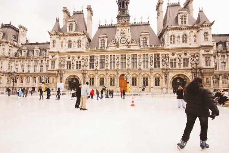 Hotel de Ville in winter