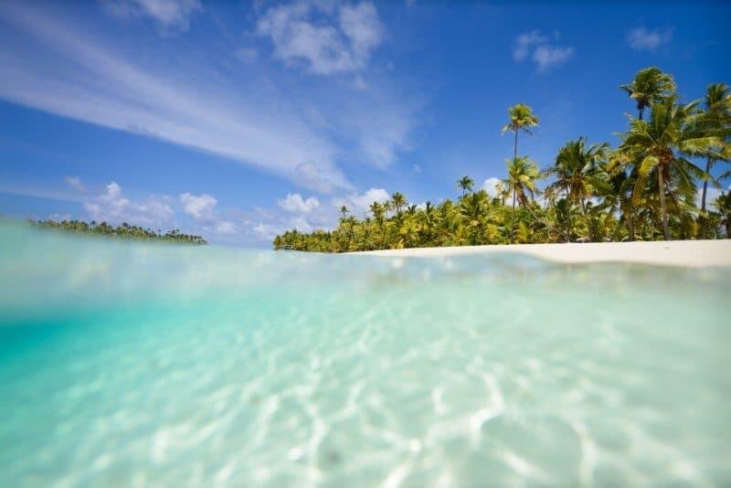 AITUTAKI, Cook Islands by The Wandering Lens www.thewanderinglens.com
