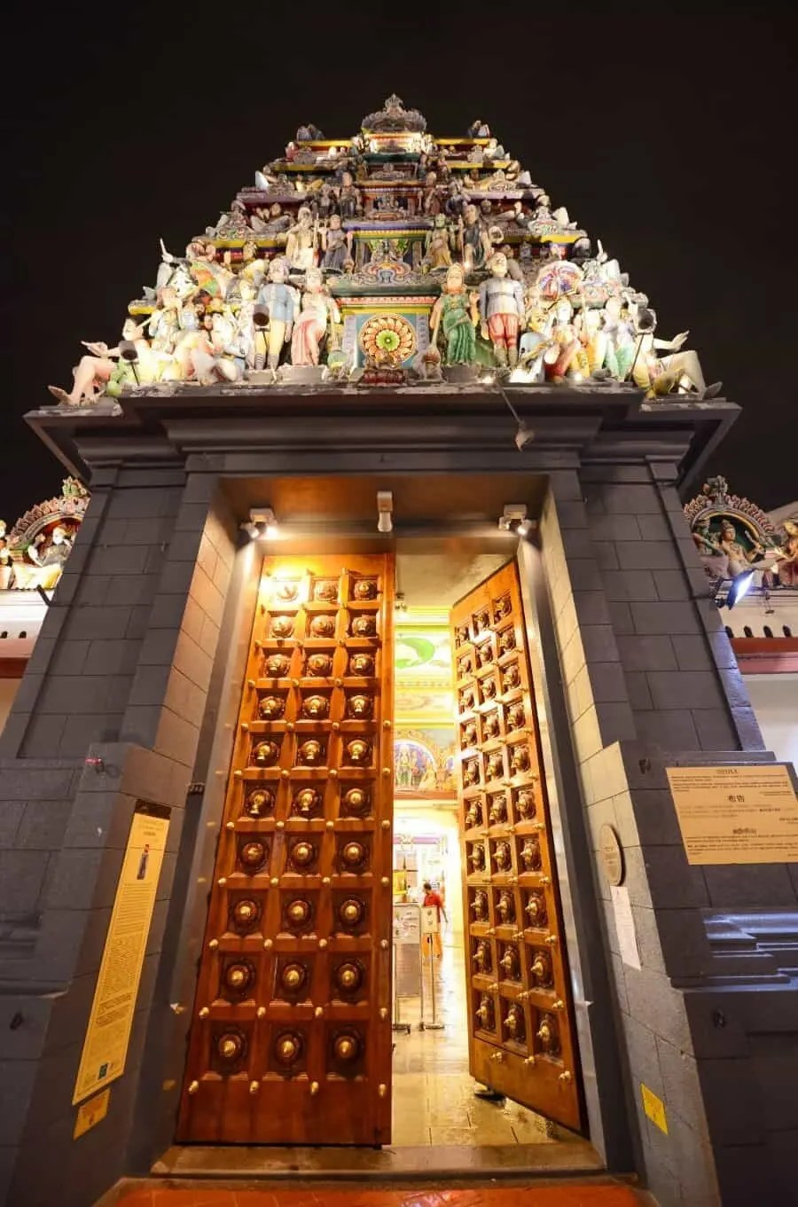 Singapore Photography Locations - Sri Mariammam Temple by The Wandering Lens photographer Lisa Michele Burns