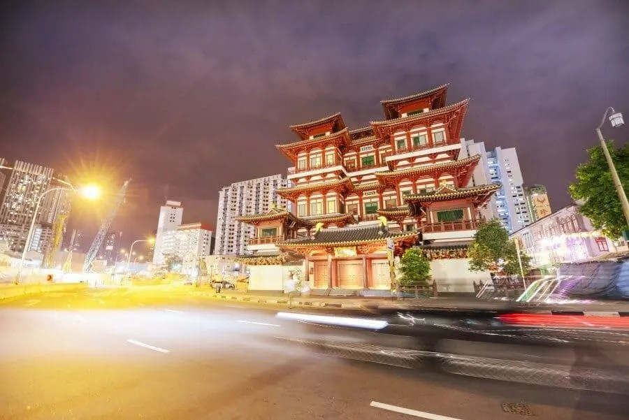 Singapore Photography Locations Buddha Tooth Relic Temple By The Wandering Lens Photographer Lisa Michele Burns