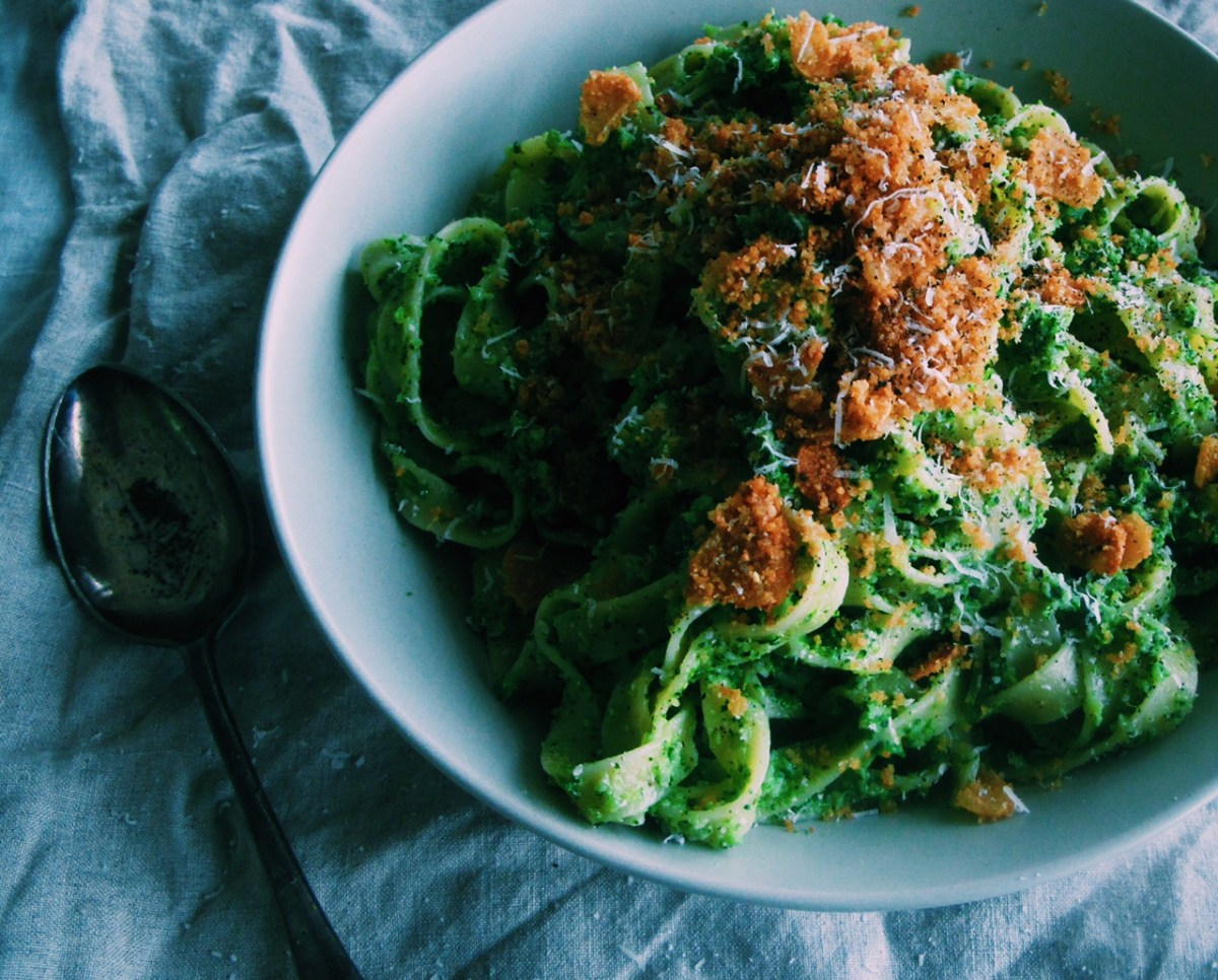 broccoli & blue cheese pesto fettuccine with crispy garlic pangrattato