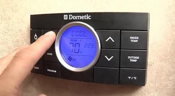 RV thermostat