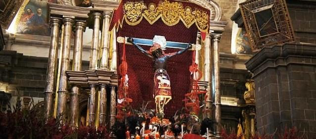 celebrating-semana-santa-in-cusco-peru-725x320