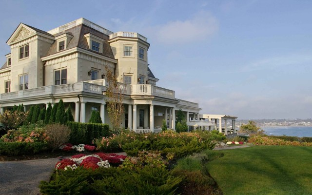 Destinations for Valentine's Day: The Chanler at Cliff Walk
