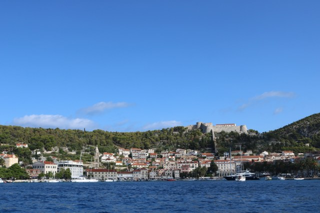 Island Hopping from Hvar