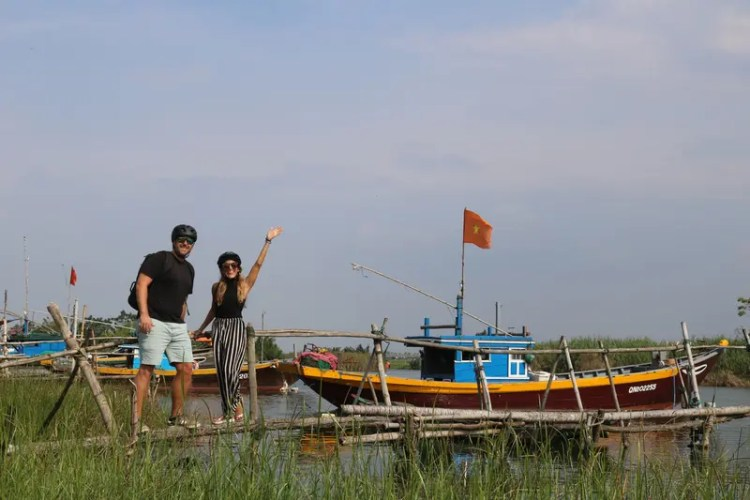 Cycling the Hoi An Countryside with Grasshopper Tours