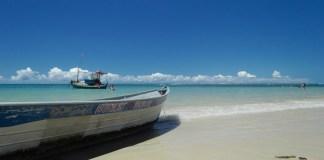 Coqueiro beach is a dream beach 10 km from the center of Luis correia