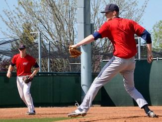 Bellevue men pitching