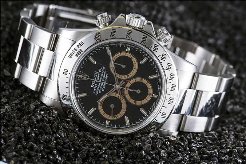 Rolex Cosmograph Daytona 16520 - The Rolex Daytona Review