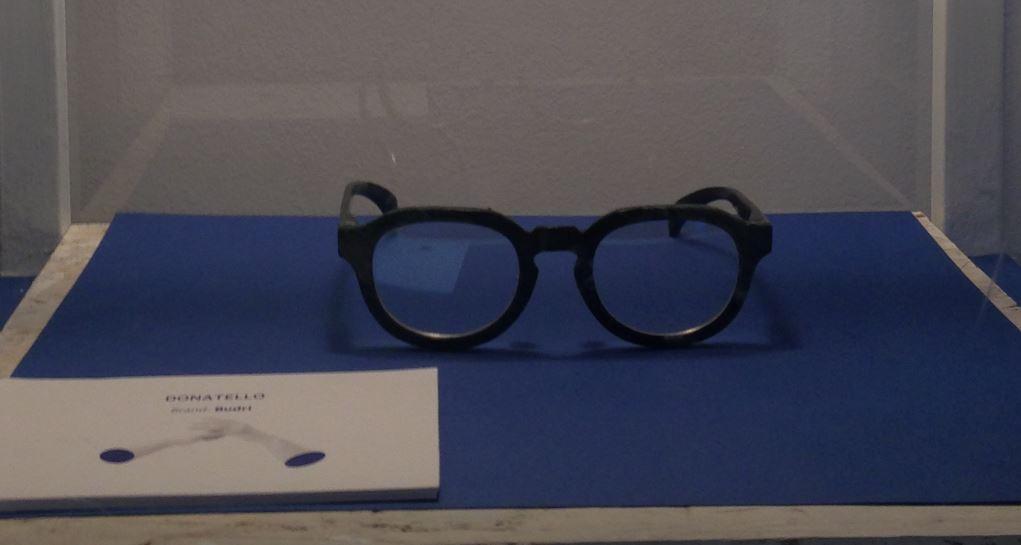 L'occhiale in marmo Donatello del brand Budri.