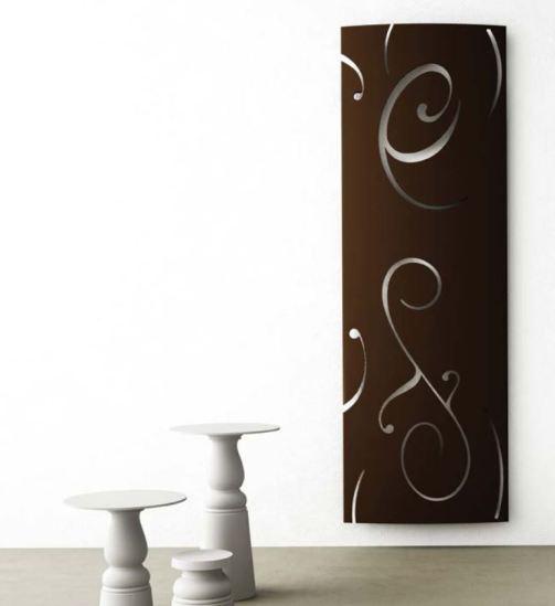 RIdea si rifà anche all'art deco con questa autentica scultura riscaldante da mettere in bagno.