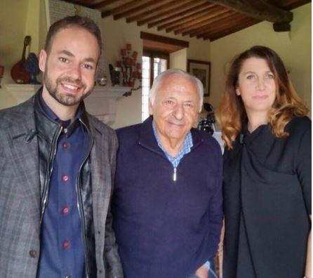 Damiano Gallo con Mogol e Rita Pederzoli Ricci che intervistò con lui il maestro per il programma tv Il Bello del Mattone.