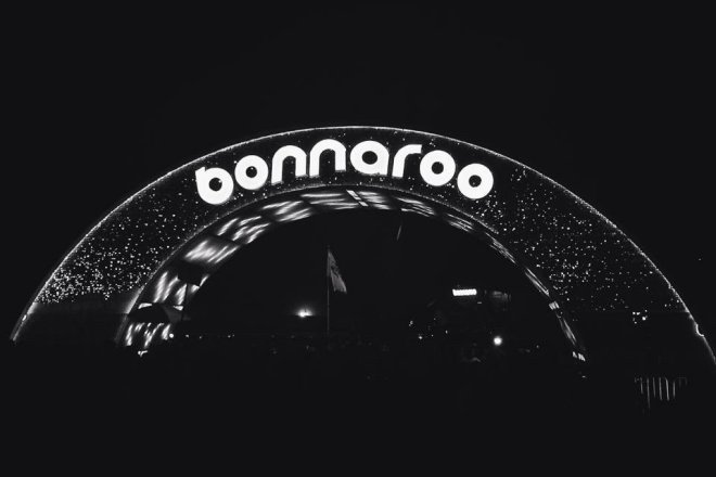 Bonnaroo Sign