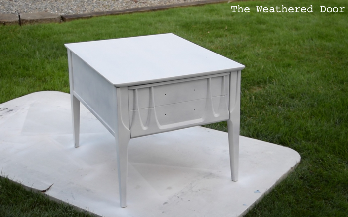 Video Tutorial - How to Paint Over Laminate and Plastic Furniture