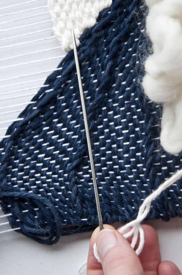 My favorite long tapestry needle|| The Weaving Loom