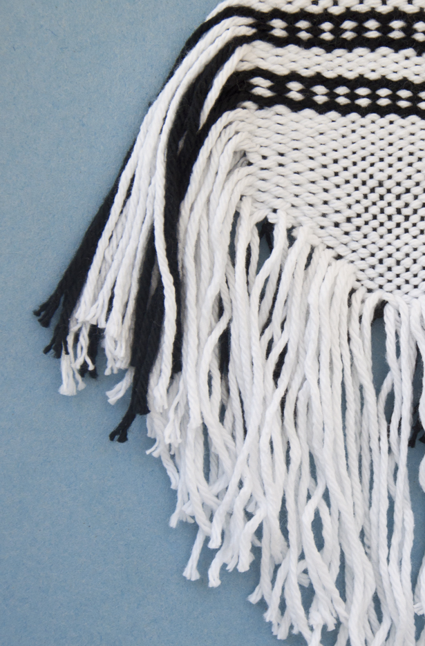 How to Weave a Side Fringe | The Weaving Loom