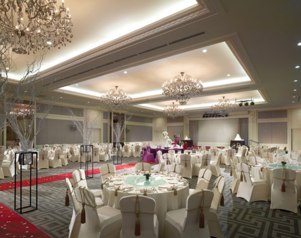Victory Annexe Ballroom – Eastern & Oriental Penang. www.theweddingnotebook.com