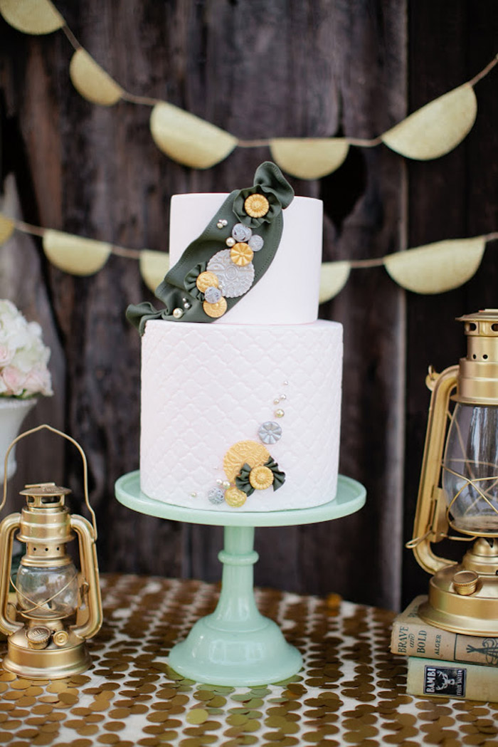 Girls Scouts bridal shower cake. Beau & Arrow Events. Photo by Swoon by Katie. www.theweddingnotebook.com