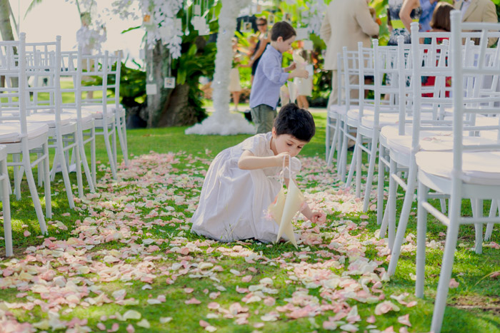 Photo by Alextan Artworks. 5 Reasons Why A Good Wedding Photographer Is Important. www.theweddingnotebook.com