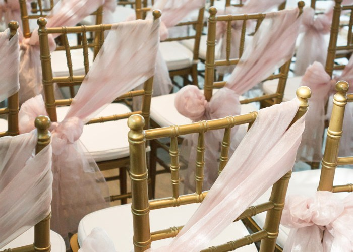 A Dreamy, Romantic Blush And Champagne Gold Soiree - The Wedding ...
