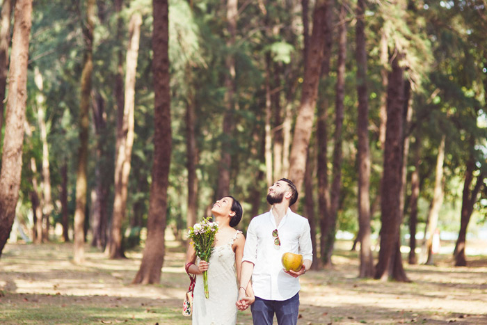 Photo by Melvin Ho Photography, Singapore. www.theweddingnotebook.com