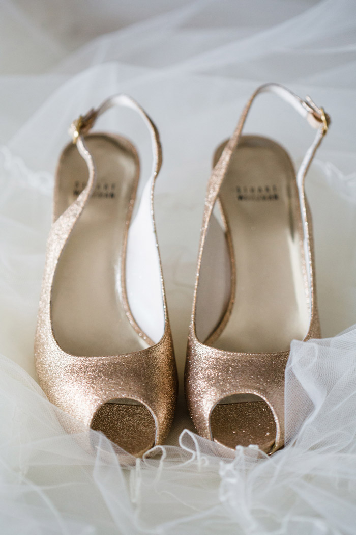 Bridal Shoes by Stuart Weitzman. Photo by Jennefer Wilson Photography. www.theweddingnotebook.com