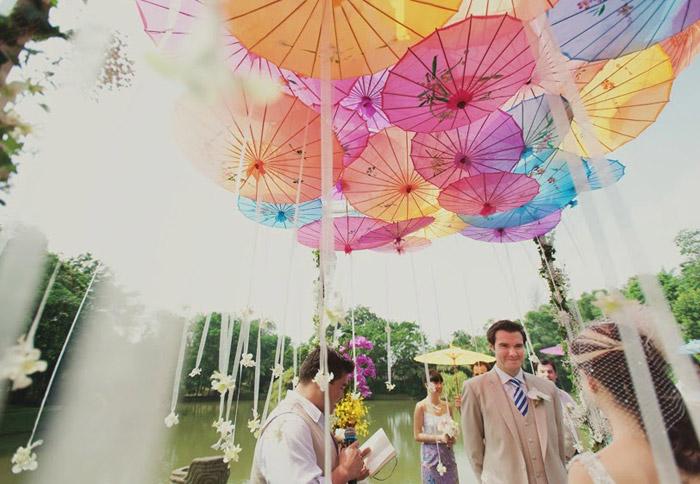 Gita Bayu Kembangan wedding. Photo by MunKeat Photography. www.theweddingnotebook.com