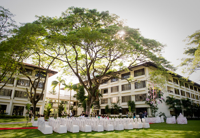 The Saujana Hotel garden wedding. www.theweddingnotebook.com