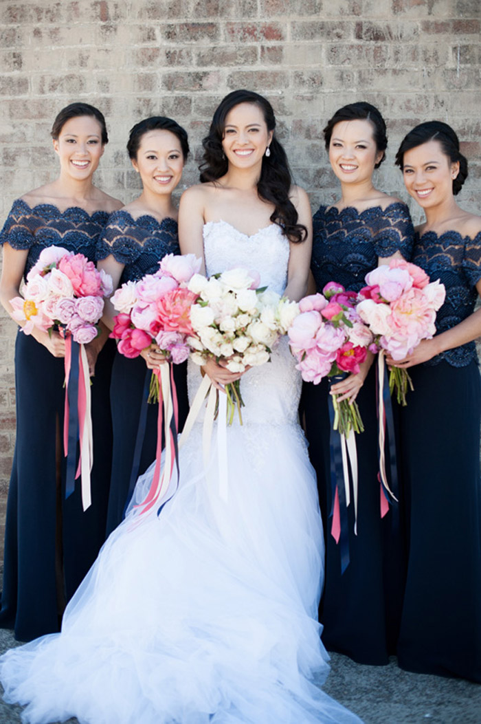 Navy blue bridesmaids' dresses. Photo by Tealily Photography. www.theweddingnotebook.com