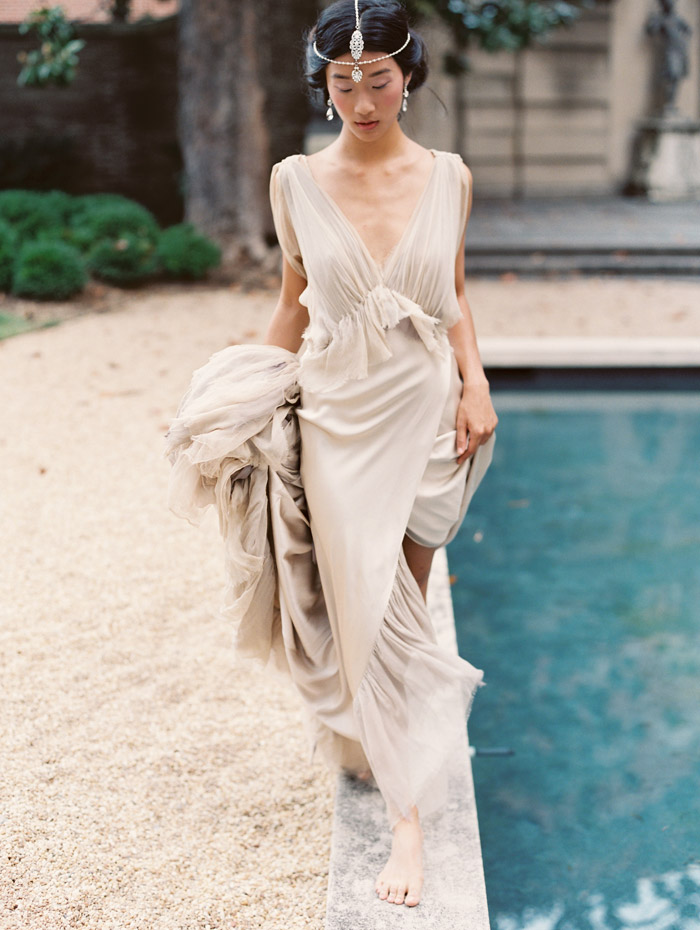 Yvette – Enchanted Atelier By Liv Hart Fall 2015 Collection. Photo by Laura Gordon Photography. www.theweddingnotebook.com