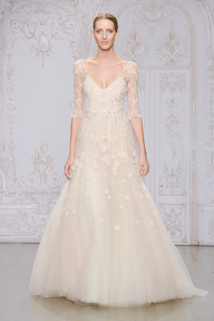 Natalia and Odette shoe – Monique Lhuillier Fall 2015 Bridal Collection. www.theweddingnotebook.com