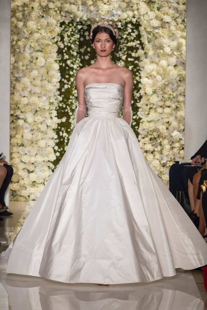 I'm Gorgeous – Reem Acra Fall 2015 Bridal Collection. www.theweddingnotebook.com