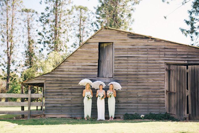Rustic barn wedding. Studio Something Photography. www.theweddingnotebook.com