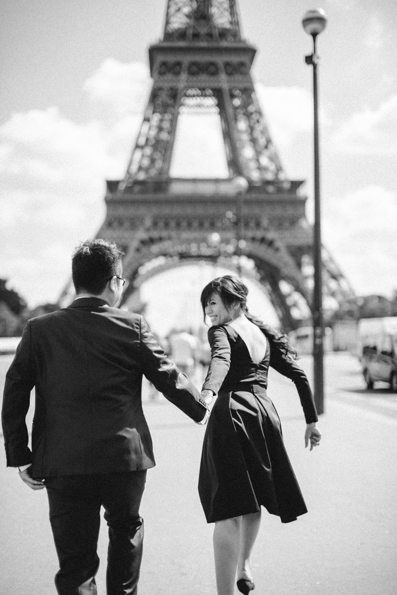 Paris. Photo by Adam Ong Photography. www.theweddingnotebook.com